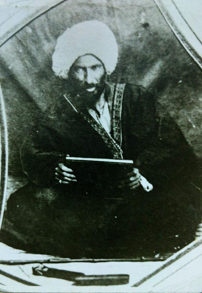 مرحوم آقای حاج محمد کریم خان کرمانی (اعلی الله مقامه)